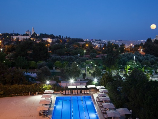 Tweet and meet at the Inbal Hotel - 1